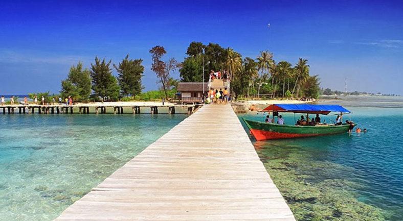 ジャカルタから一番近いビーチリゾート プロウスリブ パンタラ島