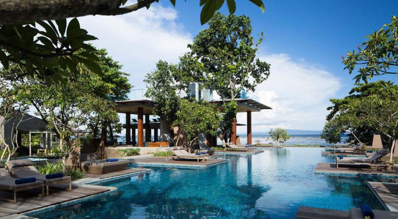 ジャカルタ発バリ島2泊3日パッケージ サヌール おすすめホテル宿泊
