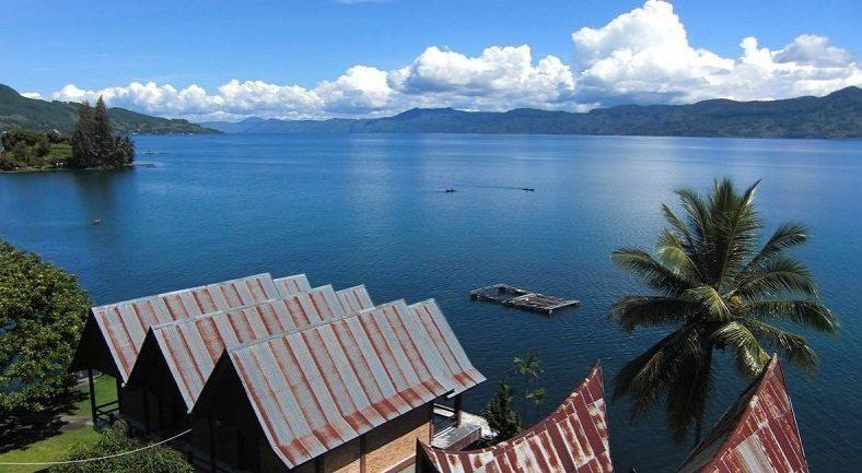 スマトラ島 ツアー(ブキットラワン、トバ湖、メダン、ブリトゥン島等)