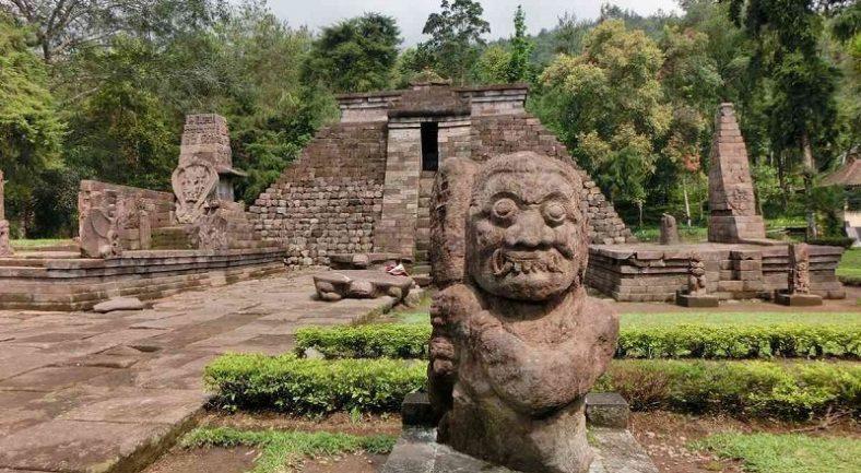 【ジャカルタ発】2泊3日 世界遺産ジョグジャカルタとソロ サンギラン 3大遺跡を巡る Y3-1/Y3-2