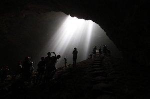 ジョンブラン洞窟 ジョグジャカルタツアー 世界遺産