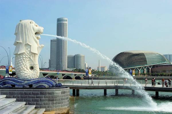 ジャカルタ発シンガポール