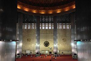 モスク ジャカルタ 観光  ジャカルタ観光 ジャカルタ 観光 おすすめ