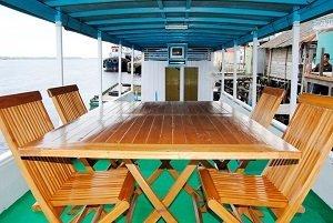 カリマンタン島  観光  カリマンタン オラウータン  ジャカルタ 旅行会社