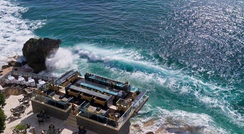 【ジャカルタ発】アヤナ リゾート (AYANA Resort and Spa)/バリ島2泊3日<専用車/往復送迎/キタス割引>