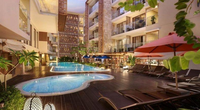 【ジャカルタ発】ハーパークタ ホテル (Harper Kuta Hotel)バリ島2泊3日<専用車/往復送迎/キタス割引>