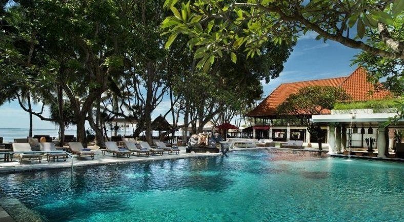 【ジャカルタ発】プリ サントリアン ビーチ リゾート & スパ (Puri Santrian Beach Resort & Spa)バリ島2泊3日<専用車/往復送迎/キタス割引>