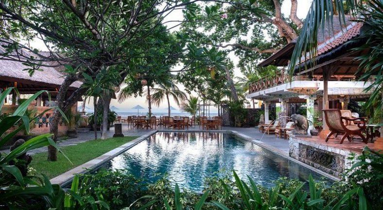 【ジャカルタ発】タンジュン サリ ホテル Tandjung Sari Hotel バリ島2泊3日<専用車/往復送迎/キタス割引>