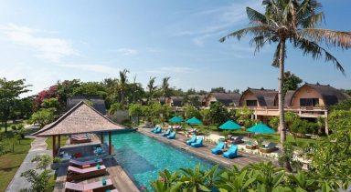 【ジャカルタ発】ヴィラ オンバク ホテル (Vila Ombak Hotel)ロンボク島2泊3日<専用車/往復送迎/キタス割引>