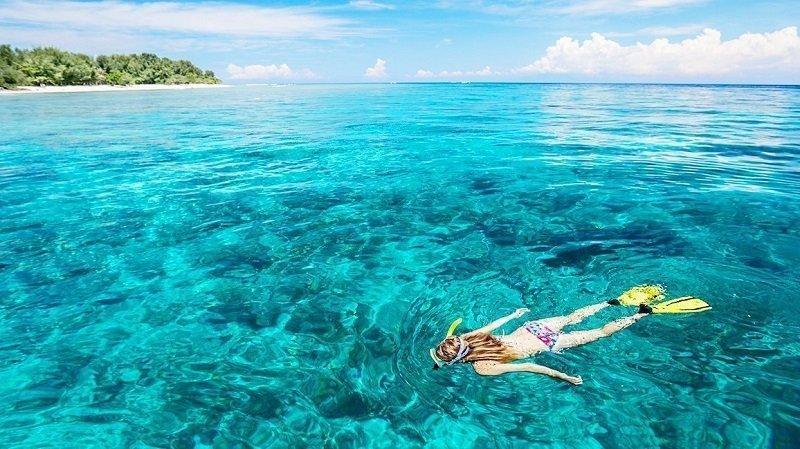 インドネシアのビーチリゾート ギリ島 シュノーケリング ロンボク島 ツアー ロンボク島 ホテルジャカルタ発ロンボク島 シェラトンスンギギ